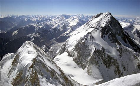 poles climb gasherbrum   winter
