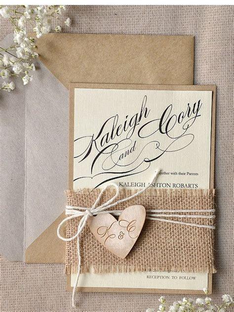 Hochzeitseinladung Rustikal by Die 25 Besten Ideen Zu Rustikale Hochzeitseinladungen Auf