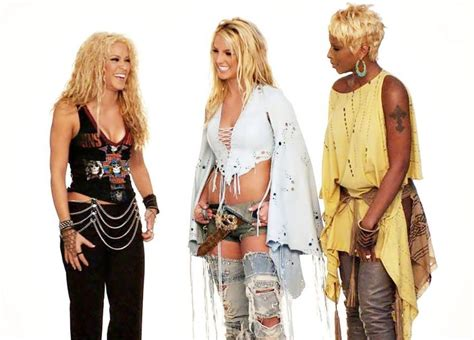 pics photos shakira vs britney spears 17 best images about britney otros artistas on pinterest