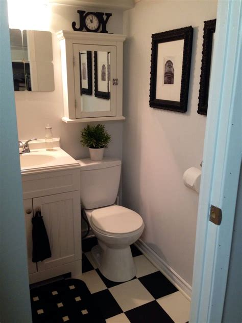 images  small bathrooms  pinterest white