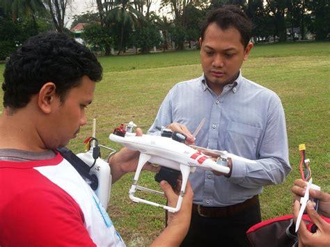 sekolah membuat robot di jakarta yuk belajar tentang robot di komunitas robot indonesia