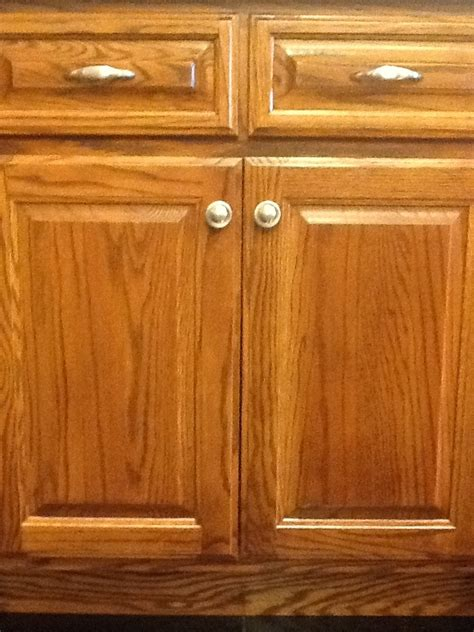 what type of cabinets door knobs do you prefer 17 best images about st louis showrooms on pinterest