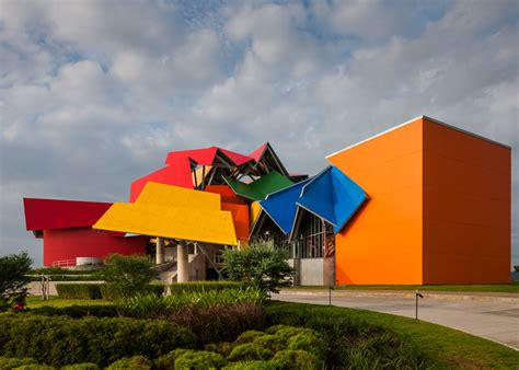 biomuseo museum of biodiversity designed by frank gehry