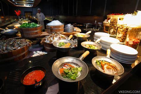 dinner buffet restaurants edge restaurant international dinner buffet pattaya