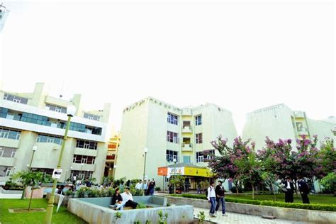 Dimat Raipur Mba Fee Structure by Disha Institute Of Management And Technology Dimat