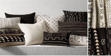 black sofa throw pillows black throw pillows for sofa black throw pillows for less
