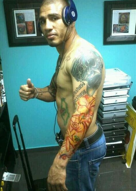 miguel cotto tribal tattoo miguel 193 ngel cotto former wba light middleweight chion