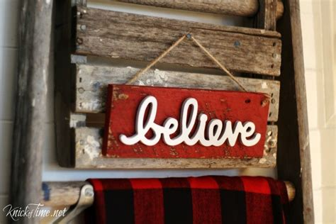rustic christmas  sign quick diy project