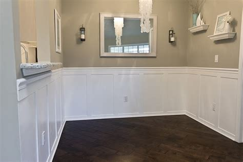 Faux Wainscoting by I Put This In My Crafty Board Because It S A Brilliant Diy