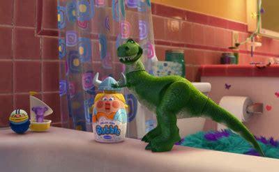 rex bathtub party finding nemo 3 d movie review