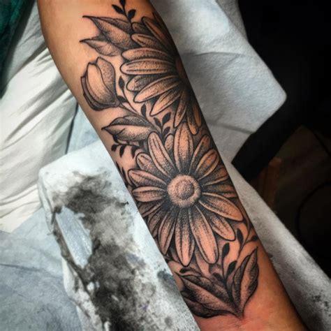 black and grey daisy tattoos black and grey daisy flower tattoo on forearm