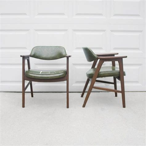 2 mid century danish modern gunlocke arm chairs