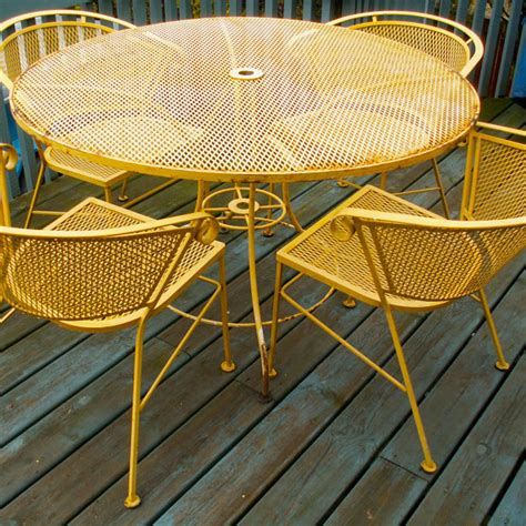 Yellow Patio Furniture Vintage Yellow Wrought Iron Patio Garden By Lookingforyesterday 225 00 For The Home
