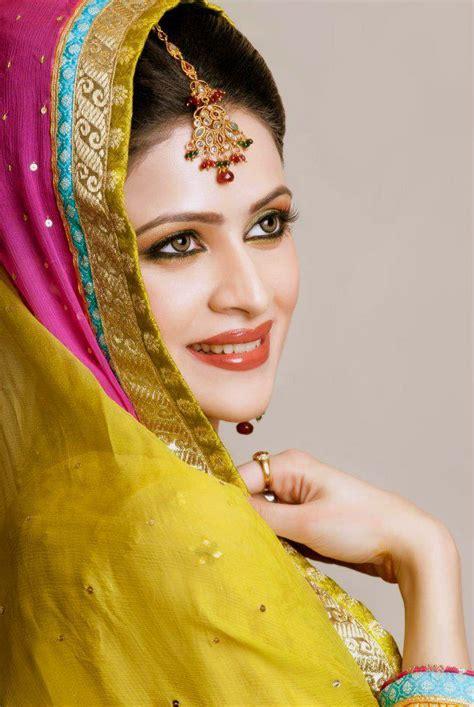 Bridal Photo Shoot Pics by Arij Fatima Bridal Dresses Makeup Photoshoot 2013 2014 4