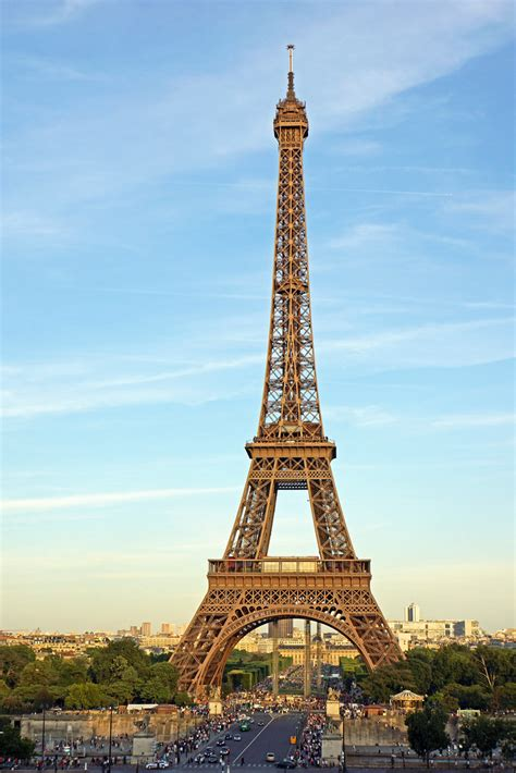 france  eiffel tower early evening
