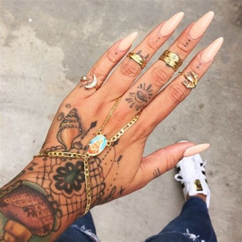 hand tattoo gold adidas black colours gold hand henna nail nailpolish nails