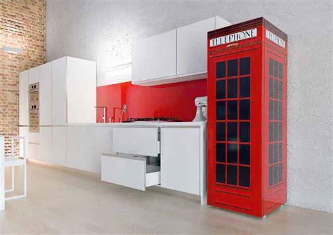 cabina telefonica londinese frigorifero e cappa da personalizzare