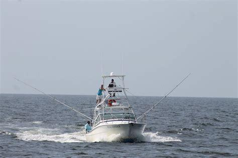 charter boat fishing rigs offshore biloxi red snapper deep sea fishing redfish