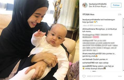 Di Gendong Bayi unggah foto gendong bayi laudya cynthia sudah tak