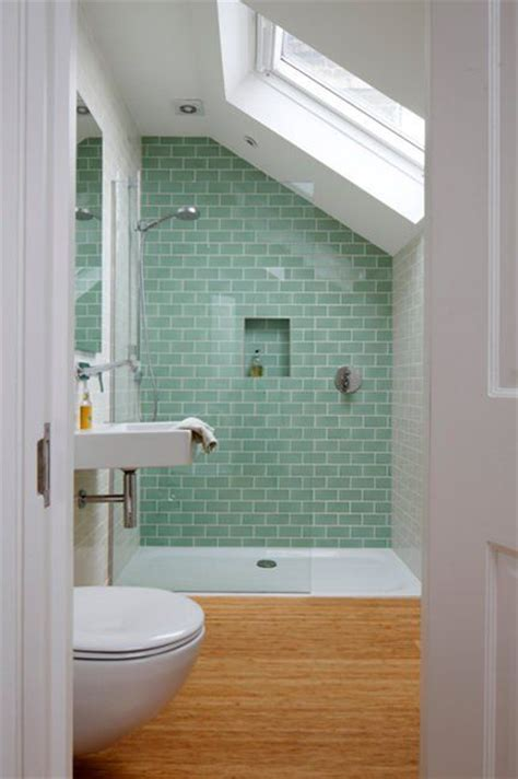 Small Bathroom Remodeling With A Great Tile Effect Small Great Ideas For Small Bathrooms