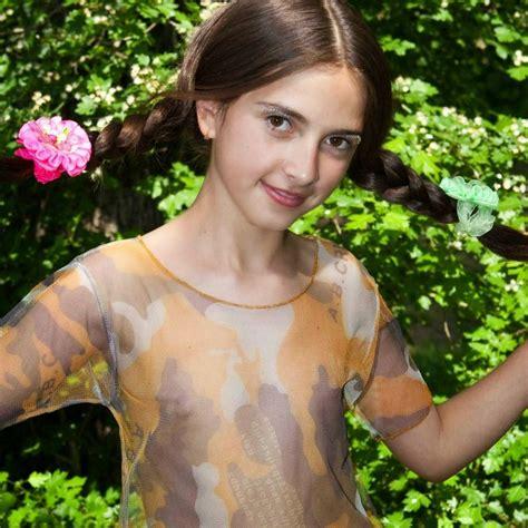 Camy Dreams Model Nude