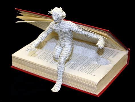 libro an artist of the book tana