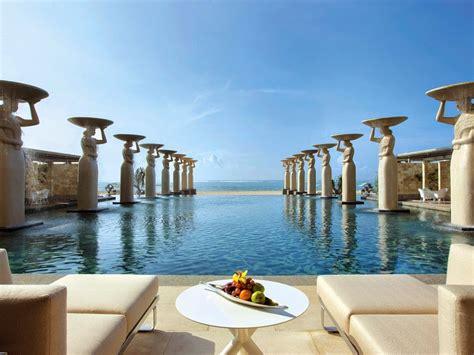 top  luxury resort   married deluxshionist