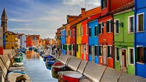 burano italy burano in the venetian lagoon italy 169 digitaler lumpensammler getty images 1 photo 1 day