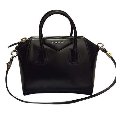 Givenchy Antigona Pouch Seprem Jo givenchy antigona small givenchy handbags leather black ref 45573 joli closet