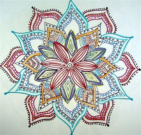 imagenes mandalas tejidas 216 mejores im 225 genes de mandalas y ojos de dios huichol en