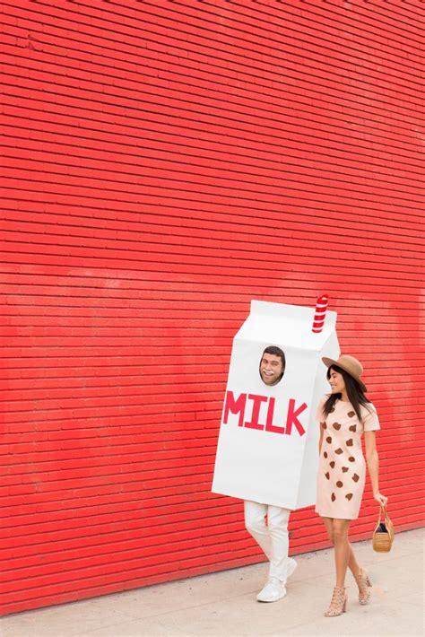 couples costumes cookies  milk diy sazan