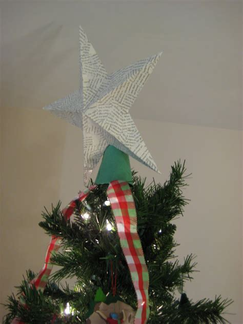 leaf and letter handmade no budget christmas decor star