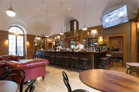 The Dining Room At Jockey Hollow Bar Kitchen Jarmel Kizel Architects And Engineers
