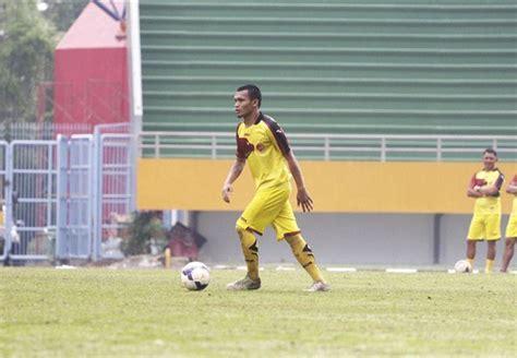 Batu Akik Huruf L Besar hasil pertandingan semifinal scm cup 2015 sriwijaya fc vs