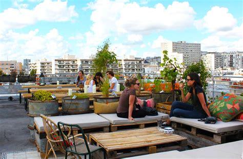 aménager un jardin en longueur 2588 terrasse banquette design