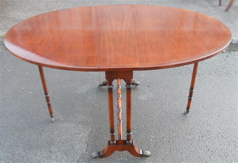Oval Mahogany Dropleaf Dining Table To Seat Six Sold Oval Dining Table For 6