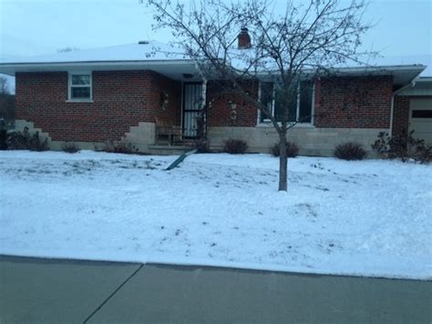 Small Brick House Curb Appeal Small Brick Ranch Needs Curb Appeal