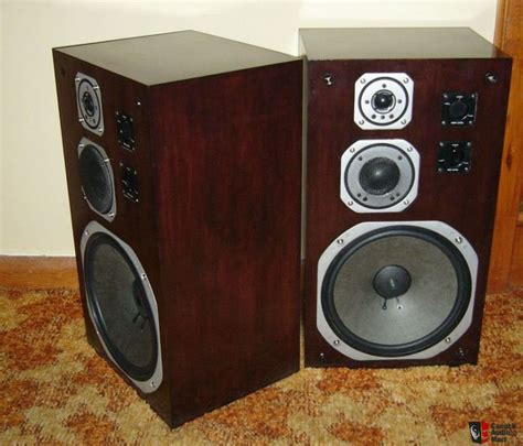 nice speakers yamaha ns 690 speakers very nice photo 211559 canuck