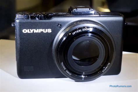 olympus xz  compact camera   fast  zuiko zoom