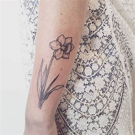 tattoo daffodil designs 11 best daffodil images on daffodil