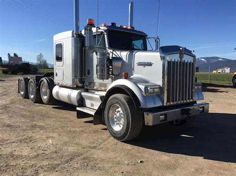 kenworth semi trucks 2007 kenworth w900 sleeper semi truck for sale 415 000