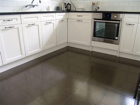 cork flooring s kitchen and cork kitchen s flooring ideas cork in colour gt cork tiles gt cork flooring