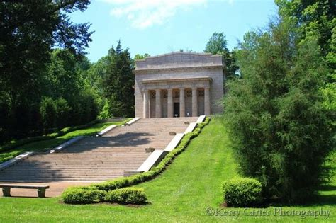 lincoln birthplace memorial abe lincoln s birthplace memorial picture of abraham