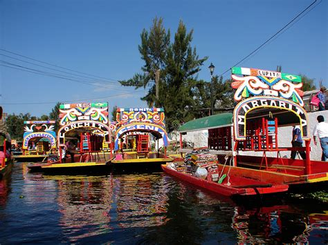 The Floating Gardens Of Xochimilco by Xochimilco S Floating Gardens Xochimilco Mexico D F