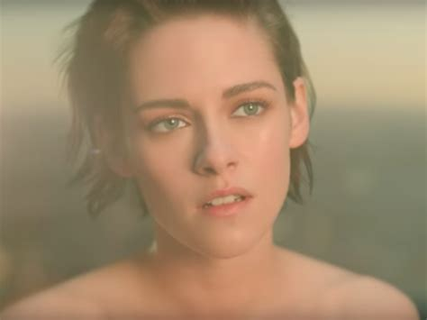 Chanel Commercial Actress | kristen stewart runs to a beyonc 233 song in latest chanel ad