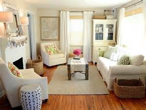 Small Cozy Living Room Ideas by 38 Small Yet Super Cozy Living Room Designs