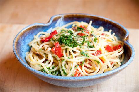 spaghetti noodles recipe vegetarian spicy lil s spaghetti alla carbonara recipe