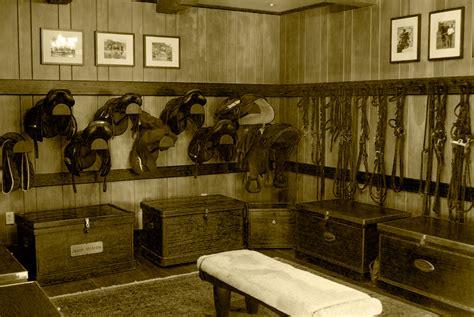 the supply room no 7 goldspun
