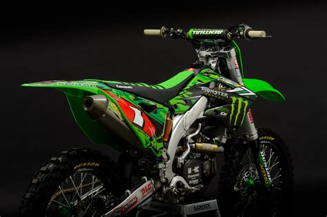 factory motocross bikes for who has the better looking factory bikes moto related