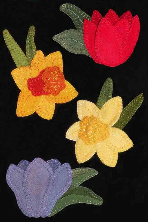 pattern for felt daffodil wool daffodils and tulip stitching flowers pinterest